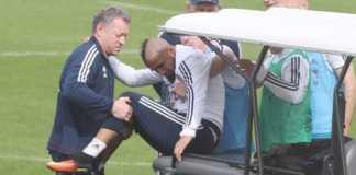 Bayern Munchen lagi-lagi harus kehilangan gelandangnya, Arturo Vidal, yang kembali cedera dalam sesi latihan Minggu (15/4) pagi waktu setempat.