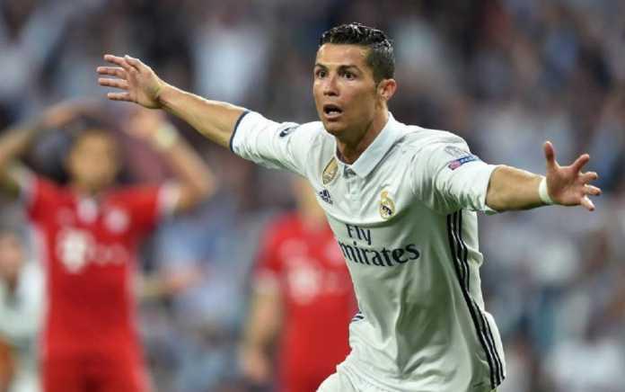 Bintang Real Madrid, Cristiano Ronaldo, jadi mimpi buruk bagi Bayern Munchen dalam beberapa musim terakhir.