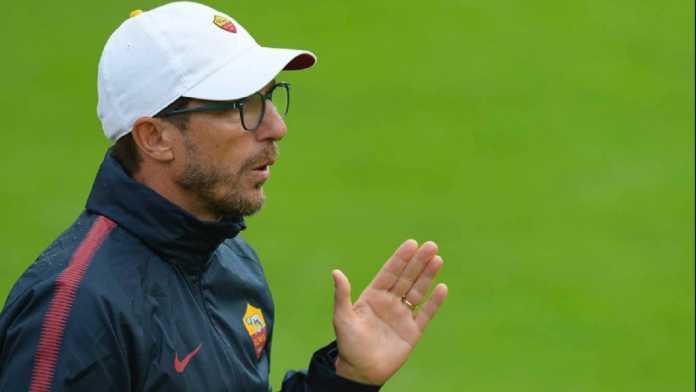 Berita Liga Champions - Eusebio Di Francesco pastikan AS Roma tak akan cuma fokus pada Mohamed Salah, karena Liverpool bukan cuma Salah.