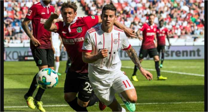 James Rodriguez beraksi bagi Bayern Munchen pada laga Liga Jerman di kandang Hannover, Sabtu malam.