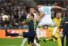 Florin Thauvin mencetak gol pertama bagi Marseille pada leg pertama semifinal Liga Europa, Jumat dinihari.