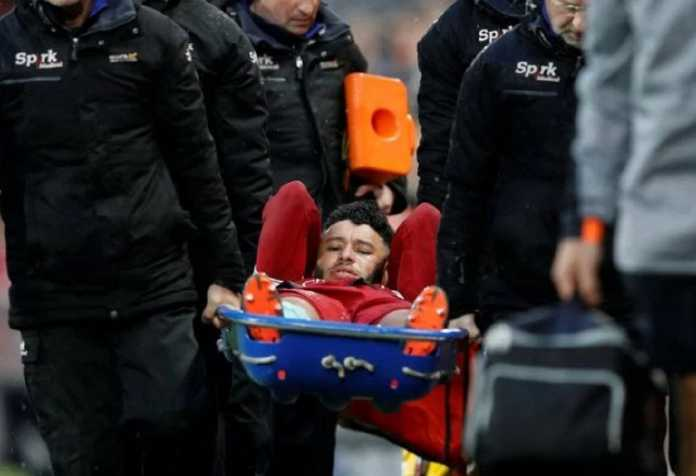 Liverpool kehilangan Alex Oxlade-Chamberlain di leg pertama semifinal Liga Champions kontra AS Roma, Rabu (25/4).