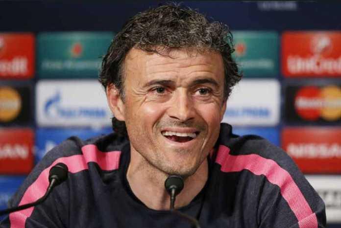 Luis Enrique makin santer diberitakan akan jadi pelatih Arsenal, gantikan Arsene Wenger.