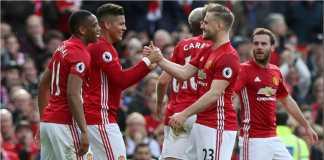 Luke Shaw merayakan satu gol Manchester United bersama Marcos Rojo dan Anthony Martial, dalam laga melawan Bournemouth bulan Maret 2017