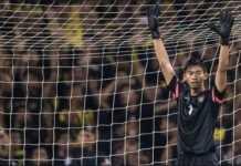 Madura United kehilangan kiper andalan, Satria Tama, dalam laga di kandang Mitra Kukar yang dimenangkan tuan rumah, 3-1, Jumat (13/4).