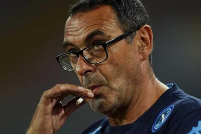 Pelatih Napoli Maurizio Sarri kini dikabarkan jadi bidikan Chelsea.