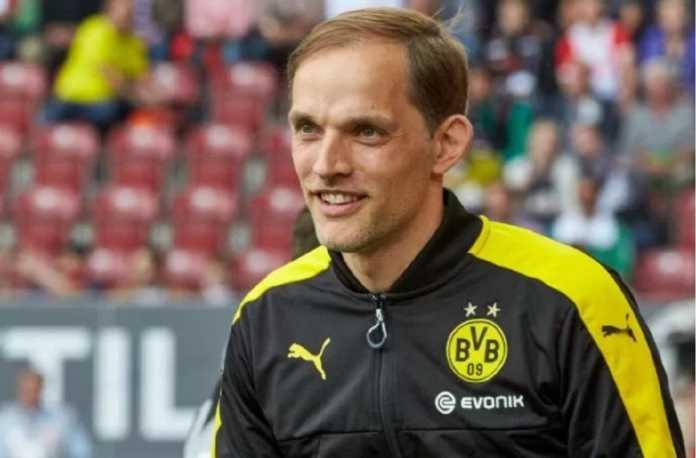 Eks pelatih Borussia Dortmund, Thomas Tuchel, dikabarkan telah menolak Chelsea dan pilih gabung PSG musim depan.