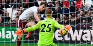 West Ham United batal permanenkan penjaga gawang yang dipinjamnya dari Manchester City, Joe Hart, musim panas nanti.