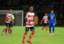 Jadi andalan di skuad Madura United, Zah Rahan malah bakalan absen karena masalah administrasi.
