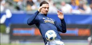 Zlatan Ibrahimovic ungkap masalah yang dialami mantan pelatihnya, Jose Mourinho, di Manchester United.