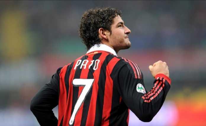 Alexandre Pato mengaku bahagia bisa kembali ke AC Milan, walau ia hanya akan tampil di pertandingan perpisahan untuk Andrea Pirlo yang akan segera jadi asisten pelatih Timnas Italia.