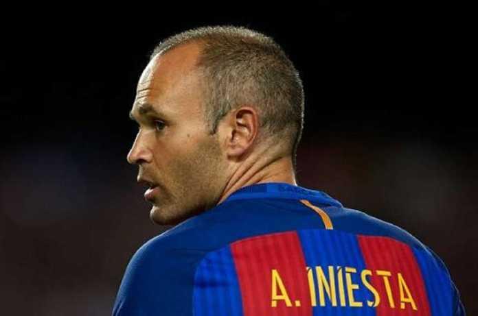 Di pengujung karirnya di Barcelona, Andres Iniesta bingung milih yang mana: China atau Jepang.