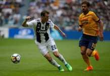 Arsenal segera datangkan bek gaek Juventus, Stephan Lichtsteiner, 34 tahun, dengan status bebas transfer.