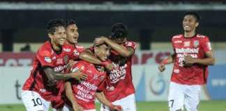 Bali United tak akan diperkuat Irfan Bachdim dan Ilija Spasojevic saat tandang ke Borneo FC, Rabu (23/5).