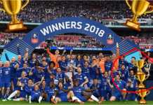 Foto di akun Instagram milik Willian memperlihatkan skuad The Blues merayakan keberhasilan meraih Piala FA, tapi emoji piala digunakan untuk menutupi figur Antonio Conte (lingkaran merah).