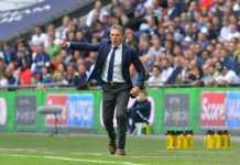 Claude Puel mengaku akan hormati kontraknya di Leicester City walau ia terus diincar St Etienne.
