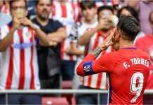 Fernando Torres bukan saja turun sebagai kapten Atletico Madrid, tapi juga menyumbangkan dua gol pada laga terakhirnya untuk klub masa kecilnya itu saat menjamu Eibar, yang usai dengan skor 2-2.