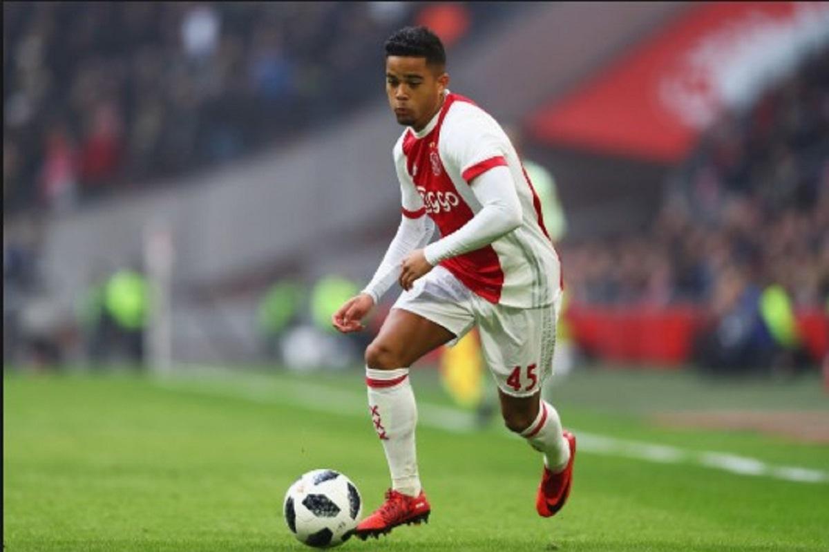 Incaran Manchester United Perpanjang Kontrak Di Ajax