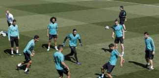 Isco dan Raphael Varane sudah kembali latihan bersama skuad Real Madrid pada Sabtu (5/5) pagi waktu setempat, dan tersedia untuk laga El Clasico melawan Barcelona di Camp Nou, Senin (7/5) dinihari WIB.