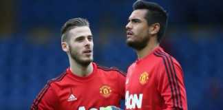 Jose Mourinho lebih memilih David de Gea untuk jadi starter ketimbang Sergio Romero.