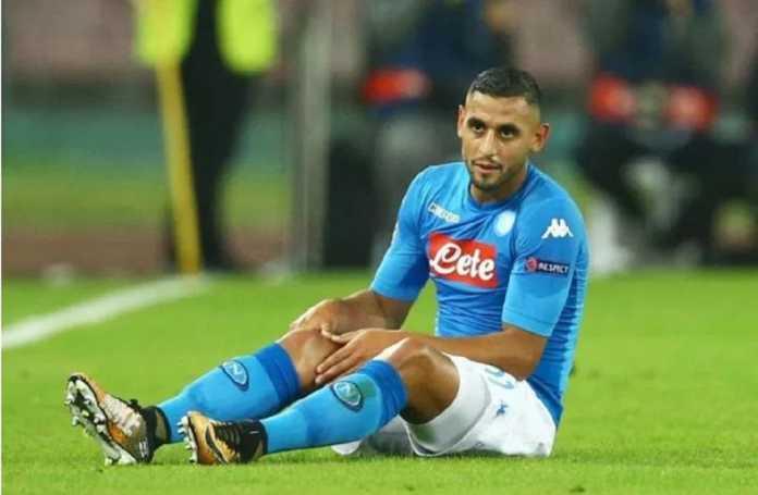 Manchester United terdepan datangkan Faouzi Ghoulam dari Napoli, setelah banderol pemain ini diturunkan akibat kerap cedera.