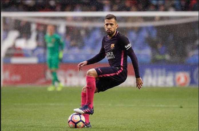 Manchester United dan Chelsea dikabarkan sama-sama mengincar Jordi Alba dari Barcelona.