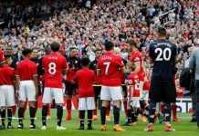 Jose Mourinho ungkapkan, Michael Carrick bisa jadi asistennya di masa datang, usai eks gelandang Timnas Inggris itu pensiun di akhir musim ini.