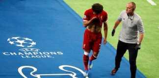 Bintang Liverpool, Mohamed Salah, secara mengejutkan diberitakan tengah mempertimbangkan transfer ke Real Madrid.