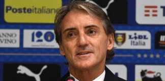 Roberto Mancini jajal formasi 4-3-3 di sesi latihan perdana Timnas Italia tengah pekan ini.