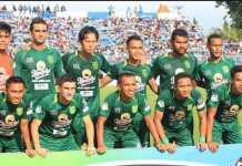 Persebaya Surabaya kini bisa menggelar pertandingan kandang lagi, setelah Polrestabes Surabaya keluarkan ijin bagi tim itu untuk kembali menggelar pertandingan.