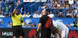 Zlatan Ibrahimovic kena kartu merah wasit usai menampar pemain lawan pada laga melawan Montreal Impact, hari Senin kemarin.