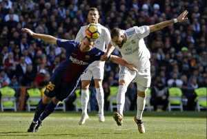 Barcelona Tawarkan Thomas Vermaelen Kontrak Baru