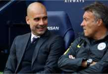 Domènec Torrent terlihat berdiskusi bersama Pep Guardiola saat mengasuh skuad Manchester City.
