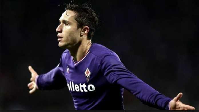 Juventus sodorkan dua pemain untuk dapatkan pemain Fioreina, Federico Chiesa, yang saat ini juga dibidik Inter Milan.