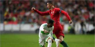Aksi Cristiano Ronaldo pada laga Portugal vs Aljazair, Jumat dinihariWIB. Dia seharusnya bisa mencetak tiga gol.