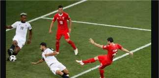 Blerim Dzemaili mencetak gol bagi Swiss pada menit 31 laga Grup E Piala Dunia 2018 melawan Kosta Rika, Kamis (28/6) dinihari.