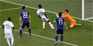 Sadio Mane mencetak gol setelah menerima umpan mendatar yang sebenarnya tak terlalu berbahaya pada laga Jepang vs Senegal di ajang Piala Dunia 2018, Minggu malam.