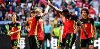 Kevin de Bruyne dan Romelu Lukaku merayakan satu gol Belgia.