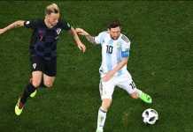 Luka Modric bela Lionel Messi usai Kroasia kalahkan Argentina, 3-0, Jumat (22/6) dinihari tadi.