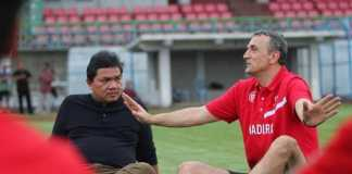 Madura United istirahatkan pelatih Milomir Seslija untuk sementara waktu, dan menggantikannya dengan Djoko Susilo.