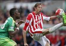 Penyerang Stoke City, Peter Crouch, diincar tim promosi Serie A, Parma.