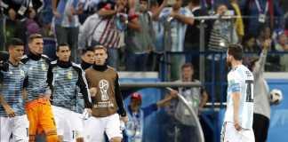Timnas Argentina dipastikan tetap didampingi pelatih Jorge Sampaoli di laga kontra Nigeria pekan depan.