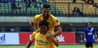 Mantan pemain Sriwijaya FC, Adam Alis, harus memulai karirnya dari nol lagi di klub barunya, Bhayangkara FC. Tapi, ia bertekad bisa segera menyesuaikan diri dengan situasi dan permainan di the Guardian.