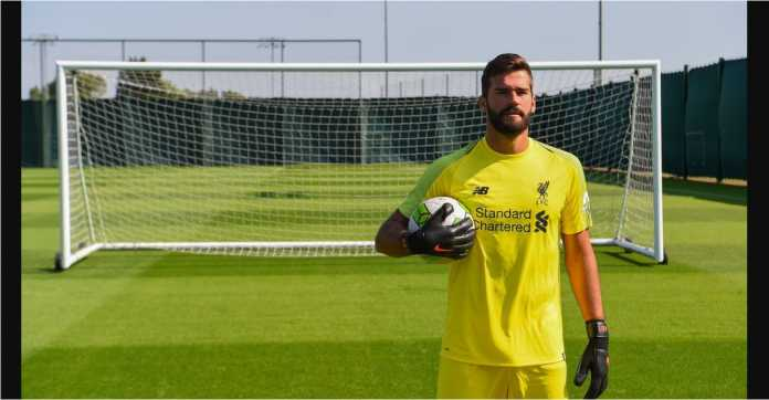 Kedatangan Alisson Becker menandai perbaikan besar-besaran yang dilakukan Liverpool pada lini pertahanan mereka.