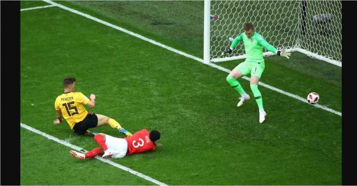 Thomas Meunier menyambar bola dari sisi kiri oleh Nacer Chadli untuk menjadi gol pertama Belgia ke gawang Inggris, Sabtu malam.
