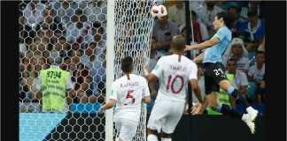 Tandukan Edinson Cavani sudah cukup untuk mengembalikan bola ke arah gawang Portugal yang dijaga Rui Patricio, menjadi gol pertama Uruguay pada laga 16 besar Piala Dunia 2018.