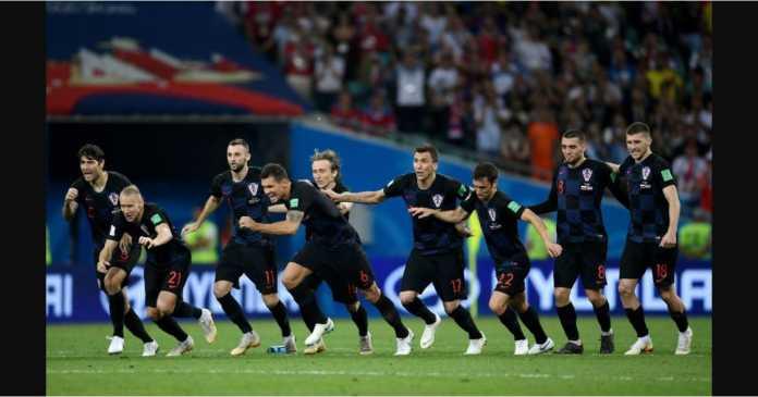 Rusia kalah menyakitkan 3-4 pada adu penalti Minggu dinihari setelah masa reguler 120 menit tetap imbang 2-2.