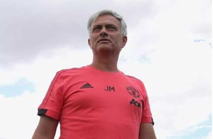 Jose Mourinho gelar sesi latihan cukup berat sebelum pertandingan persahabatan dalam tur pramusim Manchester United, Juli hingga Agustus mendatang.