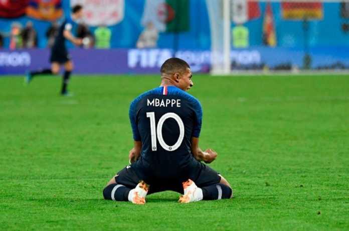 Bintang Timnas Prancis, Kylian Mbappe, dipastikan tetap bisa bermain di final Piala Dunia 2018 walau sudah kantongi dua kartu kuning.