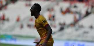 Sriwijaya FC kembali ditinggalkan pemainnya. Kali ini, Mahamadou N'Diaye dan Novan Setya Sasongko yang pindah ke Bali United.